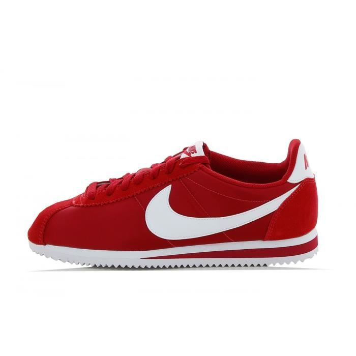basket nike classic cortez nylon 807472 611 rouge rouge achat vente basket cdiscount. Black Bedroom Furniture Sets. Home Design Ideas