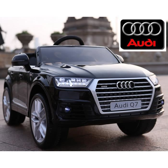 petite voiture quad lectrique enfant audi q7 roue gomme. Black Bedroom Furniture Sets. Home Design Ideas