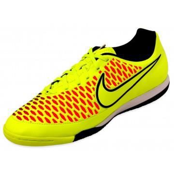 chaussures futsal homme nike