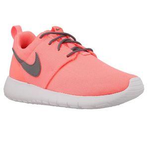ESPADRILLE Chaussures Nike Roshe One GS