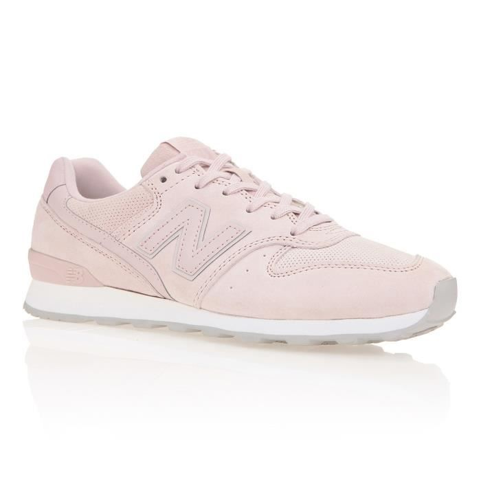 NEW BALANCE Baskets 996 - Femme - Rose