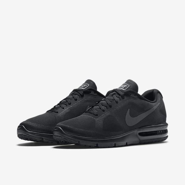 590dc8b907cc8 Baskets Nike Air Max Sequent, Modèle 719912 020 Noir. Noir Noir ...