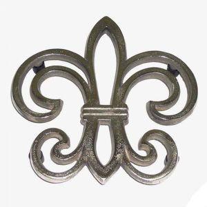 DESSOUS DE PLAT  Dessous de plat fleur de LYS métal argenté