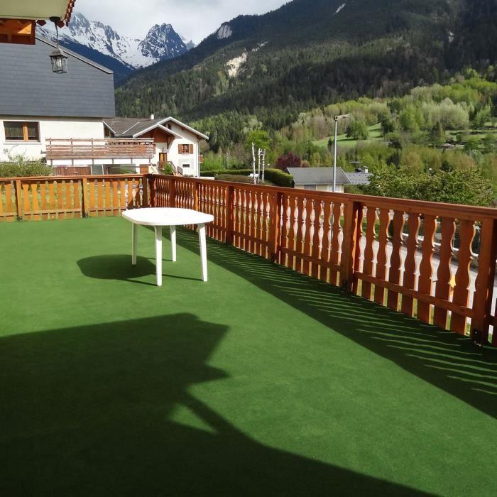 2x6m=12m² - Moquette outdoor verte sur plots