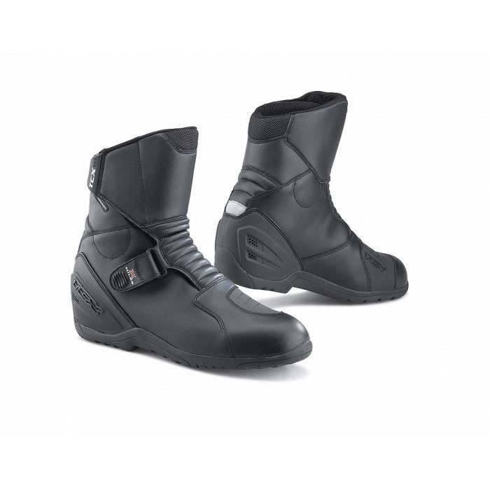 tcx x miles waterproof paire de demi bottes moto noires achat vente chaussure botte tcx x. Black Bedroom Furniture Sets. Home Design Ideas