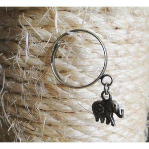 BAGUE - ANNEAU Bague avec breloque éléphant couleur bronze.