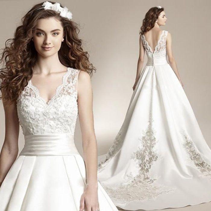 Robe de mariée col V longue queue robe de