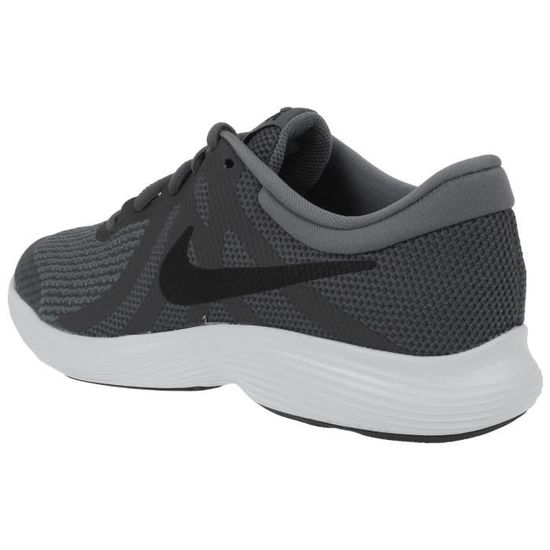 chaussure nike revolution 4