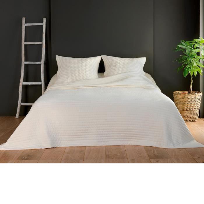 Couvre lit et taies unis matelassés Ecru 180 x 240 cm