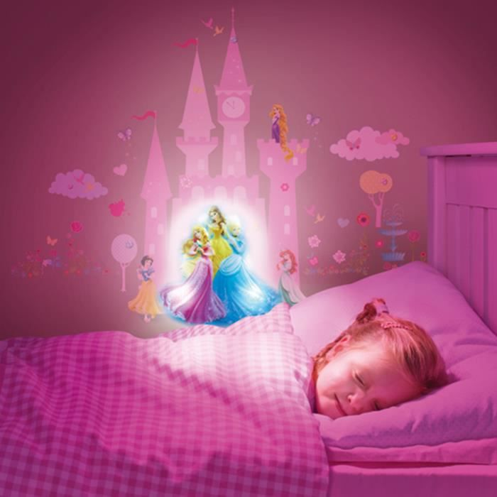DISNEY PRINCESSES Lampe Veilleuse et Stickers