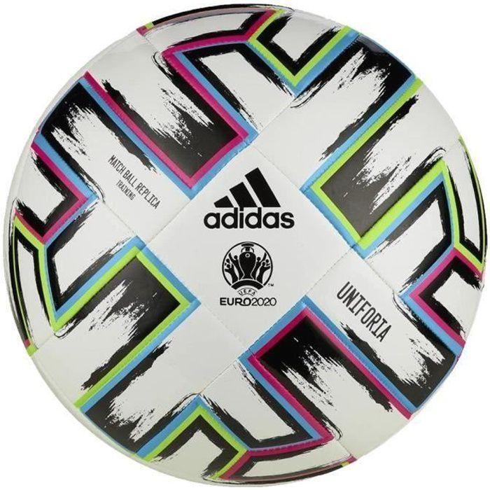 ballon adidas noir et blanc