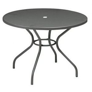 Le lit de vos r ves table de jardin en fer forge ronde for Table de jardin ronde en fer