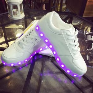 chaussures LED Mode multicolors USB rechargeable 11 8 Blanc RqtxEfE
