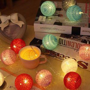 GUIRLANDE LUMINEUSE INT Guirlande lumineuse 20 boules LED - RGB Couleur 3.