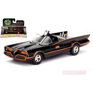 Batmobile Batman Classic Series 1966 avec la lumière et personnages voiture miniature 1:18