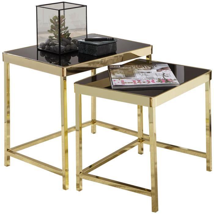 Ensemble de 2 tables gigognes design plateau en verre trempé noir sécurit et structure en acier coloris doré L. 48-42 x P. 36-34 x