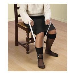 Enfile bas et chaussettes VITAEASY - Sangles 73 cm - Le dessus en éponge permet de maintenir la chaussette