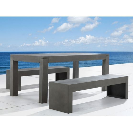 Table en b ton 180 cm et 2 bancs en b ton taranto for Habitat table de jardin