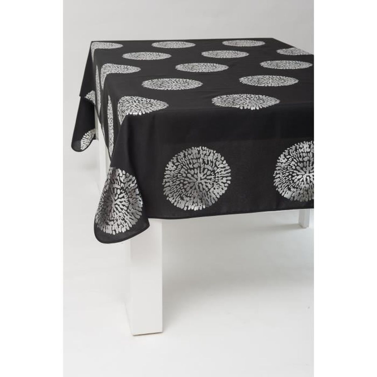 nappe rectangle 300x150 cm anti taches bulle argent e noir achat vente nappe de table. Black Bedroom Furniture Sets. Home Design Ideas