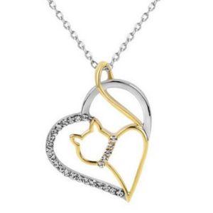 PENDENTIF VENDU SEUL Collier pendentif chat doré dans coeur argenté ave