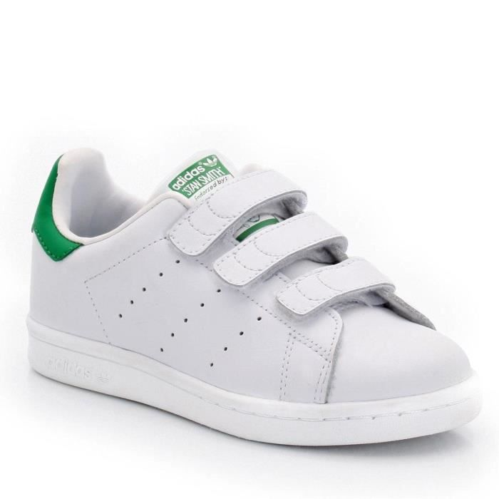 adidas stan smith scratch enfant blanc vert achat vente basket cdiscount. Black Bedroom Furniture Sets. Home Design Ideas