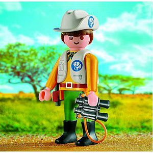 UNIVERS MINIATURE Playmobil 4559 - Garde chasse