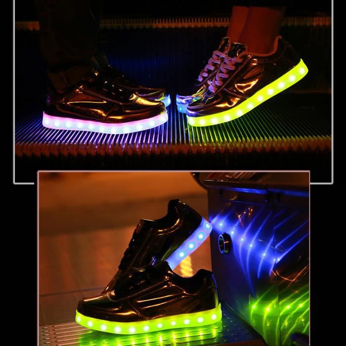 low priced 51bf8 1ca3a Gris USB changer 7 couleurs clignotant LED Lighting Hommes Femmes Chaussures  Sneakers pour Prom Party