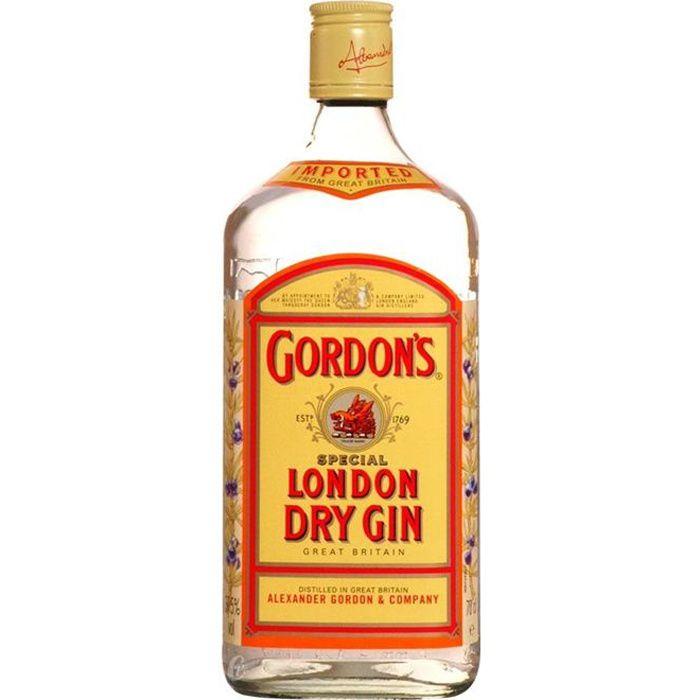 Noir Housse De Coussin Tout ce dont vous avez besoin dans la vie sont meilleurs amis et une bouteille de Gin 16