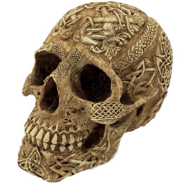 crâne décoratif tête de mort décorative. celtique rock gothique