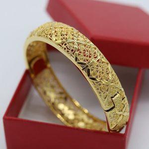 Grenat Cubique Zircone Filigrane Bracelet rigide en rose 14K plaqué or en laiton