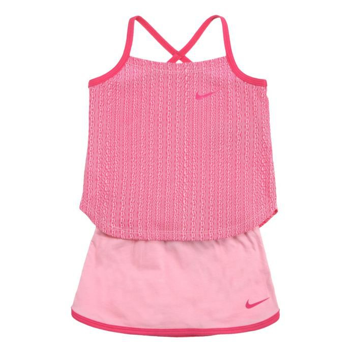 nike ensemble tee shirt short b b fille rose et motifs fushia achat vente ensemble de. Black Bedroom Furniture Sets. Home Design Ideas