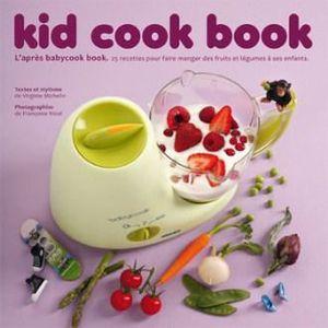 ACCESSOIRES DE ROBOT Un livre de cuisine