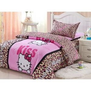 couette 1 personne hello kitty achat vente couette 1. Black Bedroom Furniture Sets. Home Design Ideas