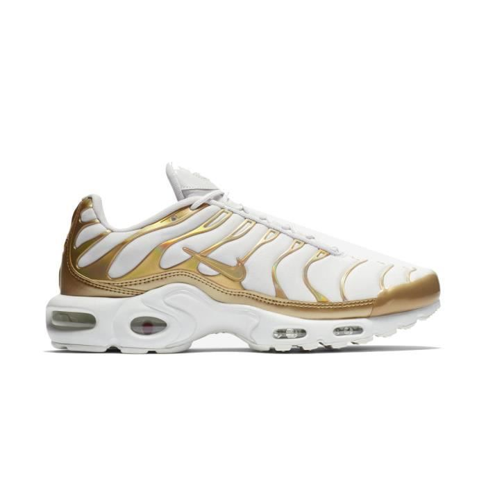 basket nike air max plus blanche
