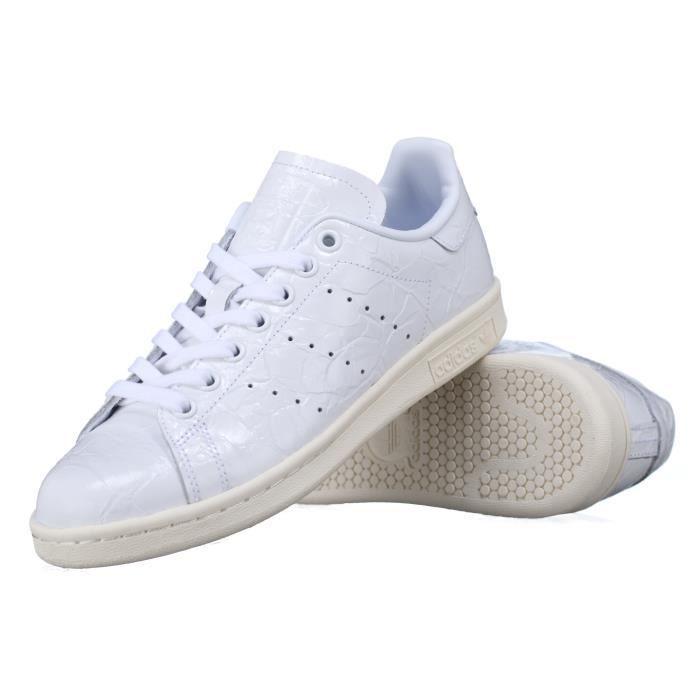 Basket Smith W Achat Bb5162 Adidas ADIDAS Blanc Stan w80mNnv