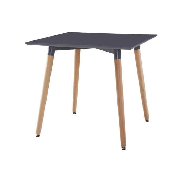 table carr e en bois style scandinave pieds obliques. Black Bedroom Furniture Sets. Home Design Ideas