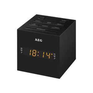 Radio réveil AEG MRC4150BK Radio reveil - Avec port USB - Auxil