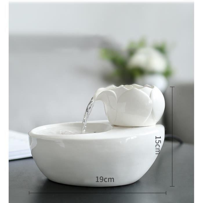 Pet water dispenser Fontaine à Eau en Céramique pour Chats et Chiens - Facile à Nettoyer,Électrique et Silencieuse (White)