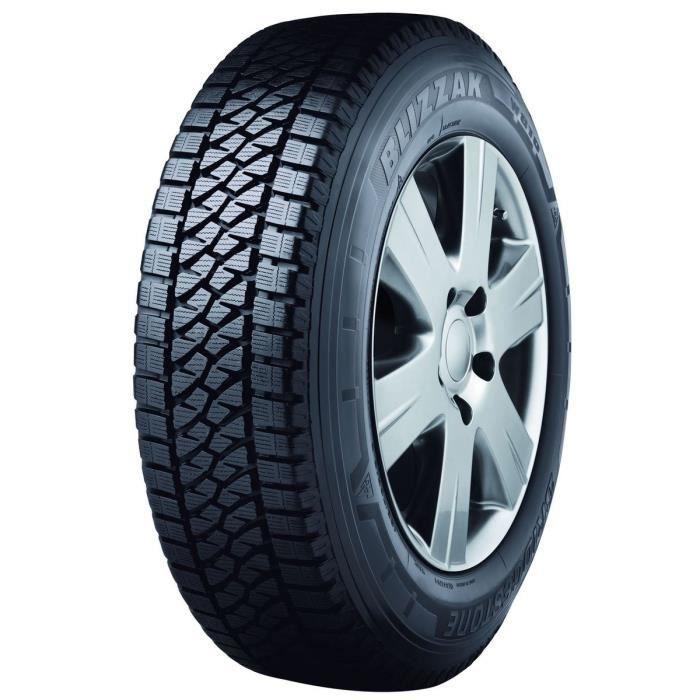 PNEUS Hiver Bridgestone Blizzak W810 205/70 R15 106 R Camionnette hiver