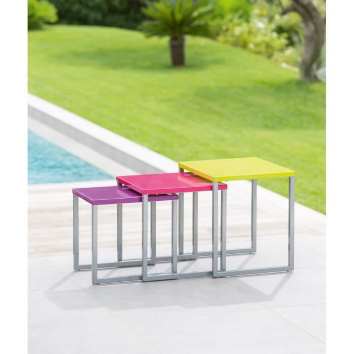 Lot de 3 tables gigognes ext manaus hesperide multi for Aire jardin des causses du lot