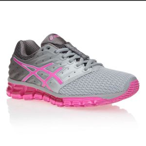 chaussure asics femme soldes