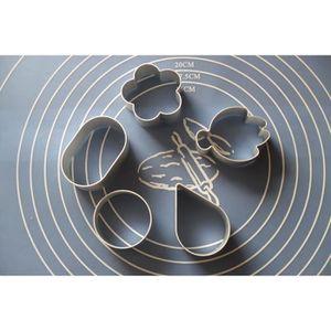 MOULE  5 Emportes-Pièce Découpoirs Disney en Alu Pate à S