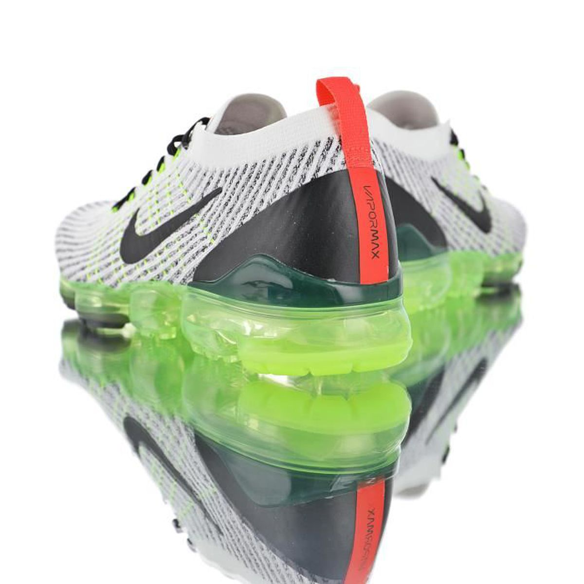 best sneakers official supplier classic shoes Baskets Nike Air VaporMax Flyknit W 3.0 Gris Vert Homme et Femme ...