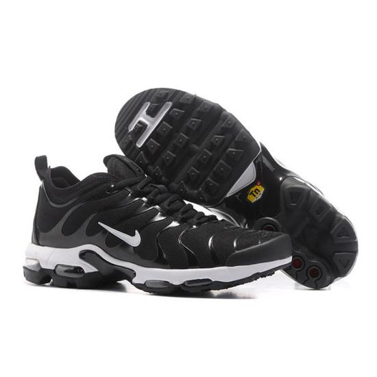 new product 97b71 5f5d2 HOMME NIKE AIR MAX PLUS TN ULTRA BASKETS CHAUSSURES DE COURSE BALLE EN NOIR  BLANC Noir NOIR BLANC - Achat   Vente basket - Cdiscount