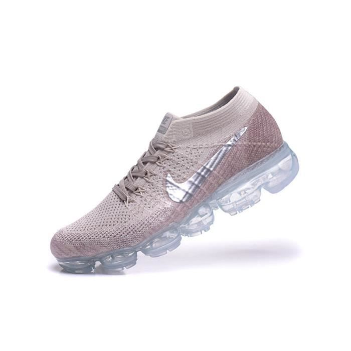 baskets nike air vapormax flyknit femme chaussures de running gris argent prix pas cher. Black Bedroom Furniture Sets. Home Design Ideas