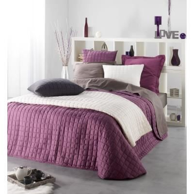couvre lit uni 220 x 240 cm couleur violet achat vente jet e de lit boutis cdiscount. Black Bedroom Furniture Sets. Home Design Ideas