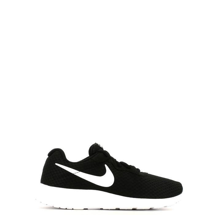 chaussure de sports nike