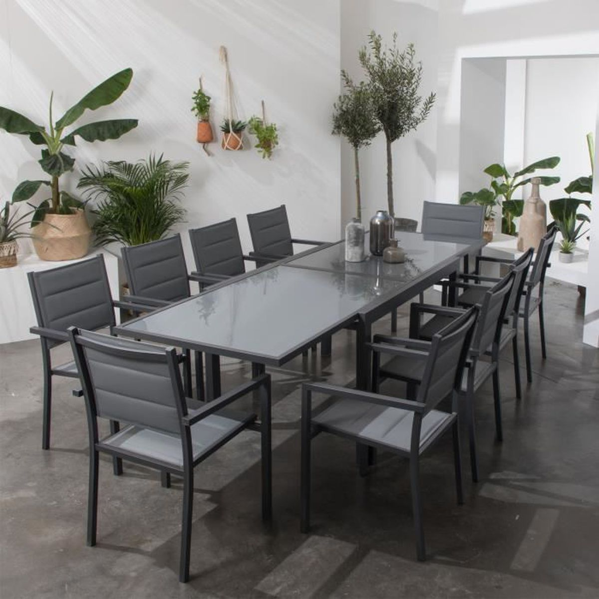 Salon de jardin LAMPEDUSA extensible en textilène gris 10 ...