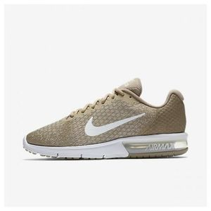 BASKET Chaussure de running pour Homme Nike Air Max Seque