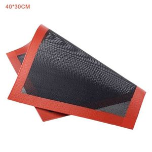 FEUILLE DE CUISSON  Outil résistant à la chaleur 40 * 30cm de grille d